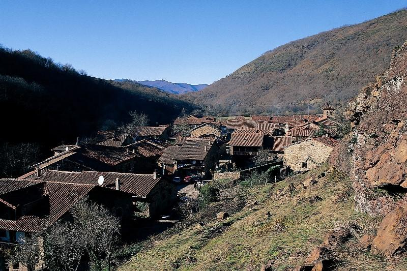 Mountain Village - Picos. Motorcycle tour of northern Spain. RoadTrip Motorcycle Tours. Woking, UK . +44 (0)1483 662 135
