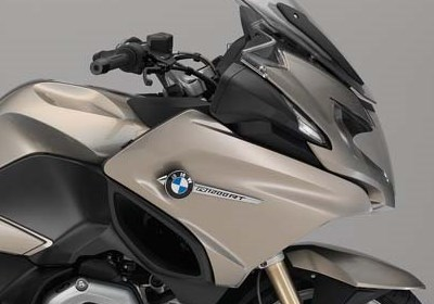 BMW R1200 RT LE for hire from Roadtrip. Woking, Surrey, UK +44 (0)1483 662 135