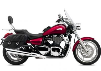 Rent a Triumph Thunderbird cruiser from RoadTrip - Woking, Surrey, UK +44 (0)1483 662 135