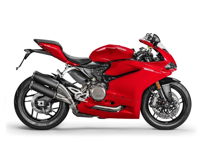 Ducati 959 Panigale for hire from RoadTrip. Woking, Surrey, UK +44 (0)1483 662 135