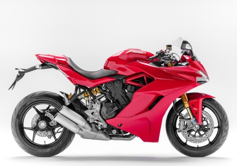 Ducati SuperSport S for hire from RoadTrip. Woking, Surrey, UK +44 (0)1483 662 135