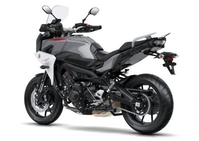 Yamaha Tracer 900 motorcycle for hire from RoadTrip. Woking Surrey, UK, +44 (0)1483 662 135